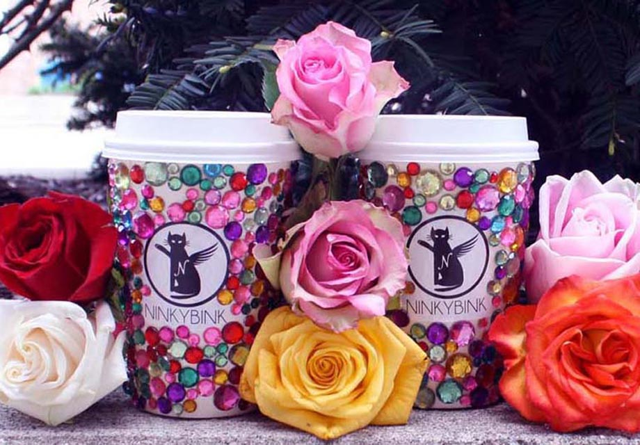 beautiful roses and Ninkybink cups